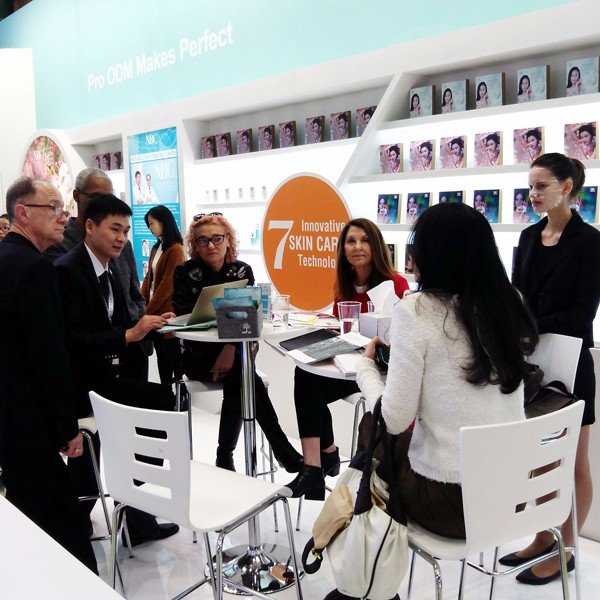 Debuted at Cosmoprof Worldwide Bologna, Nox Bellcow opens international markets